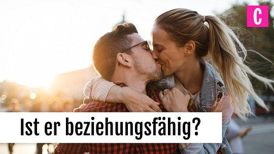 Haken-up-Kuss zum ersten Mal